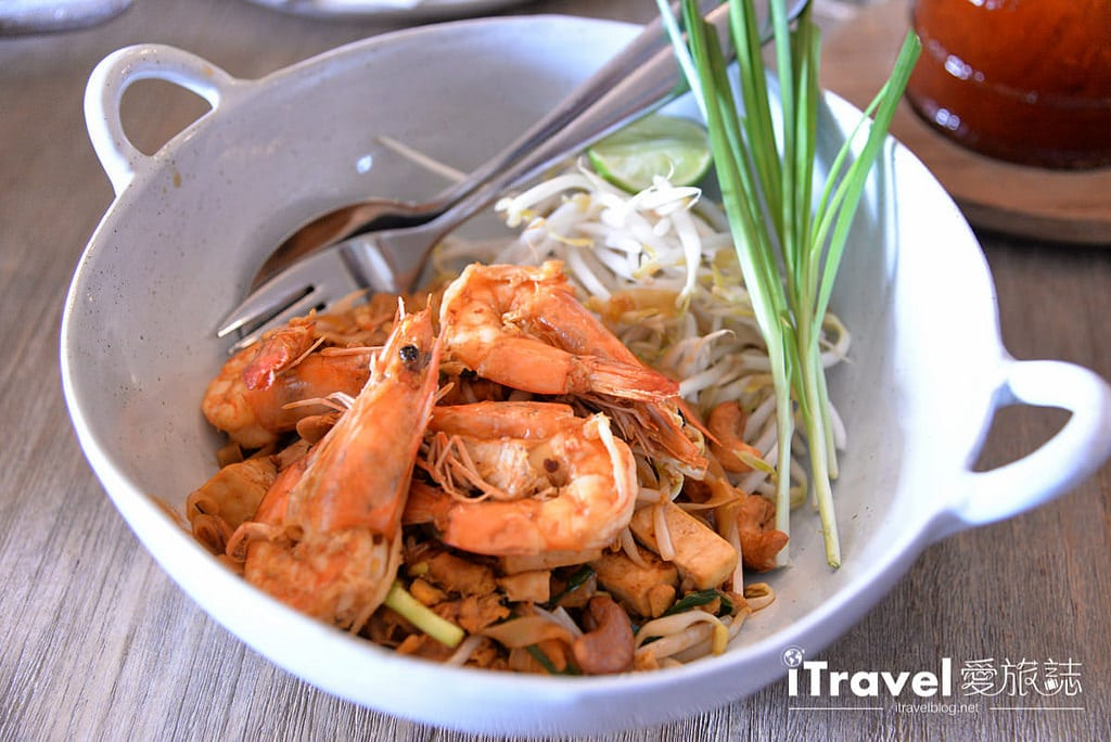 《清邁美食餐廳》Woo Cafe 文青輕食咖啡館,在生活選物風格與花草環繞氛圍暢快聊天吧