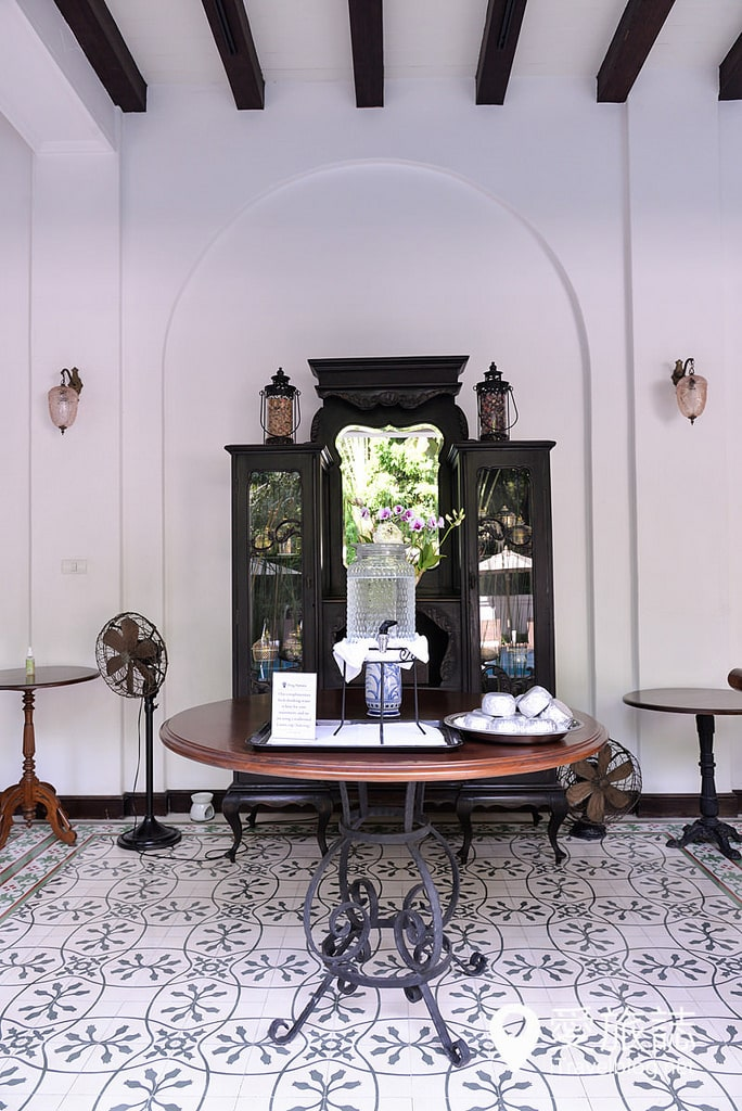 《清邁飯店推薦》平中良精品酒店:結合蘭納傳統純白風格建築