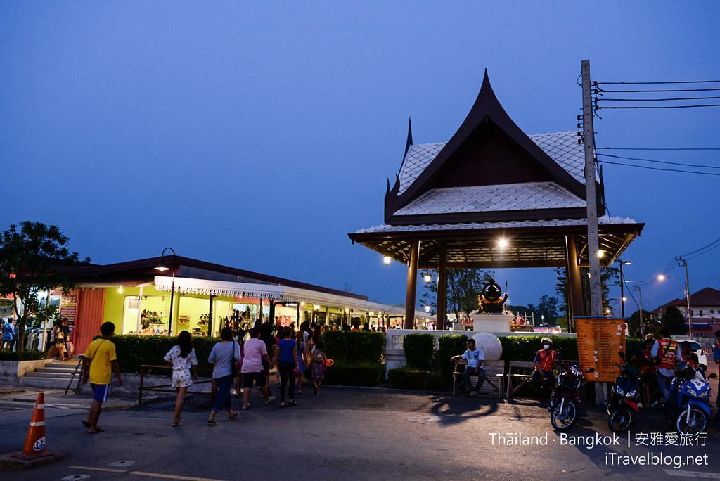 曼谷席娜卡琳火車鐵道夜市 Train Night Market Srinakarin 06