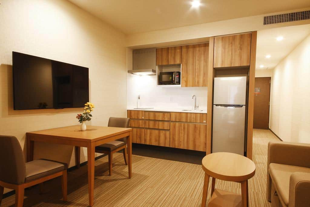 Oakwood Hotel & Apartments Shin-Osaka 4