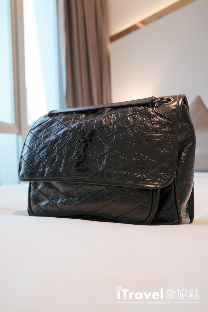 Saint Laurent Niki Bag Large (23)