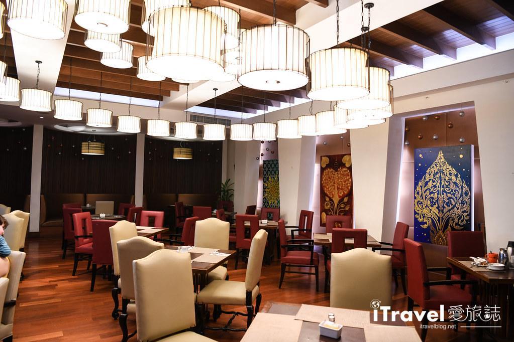 林布蘭特套房飯店 Rembrandt Hotel Suites and Towers (79)