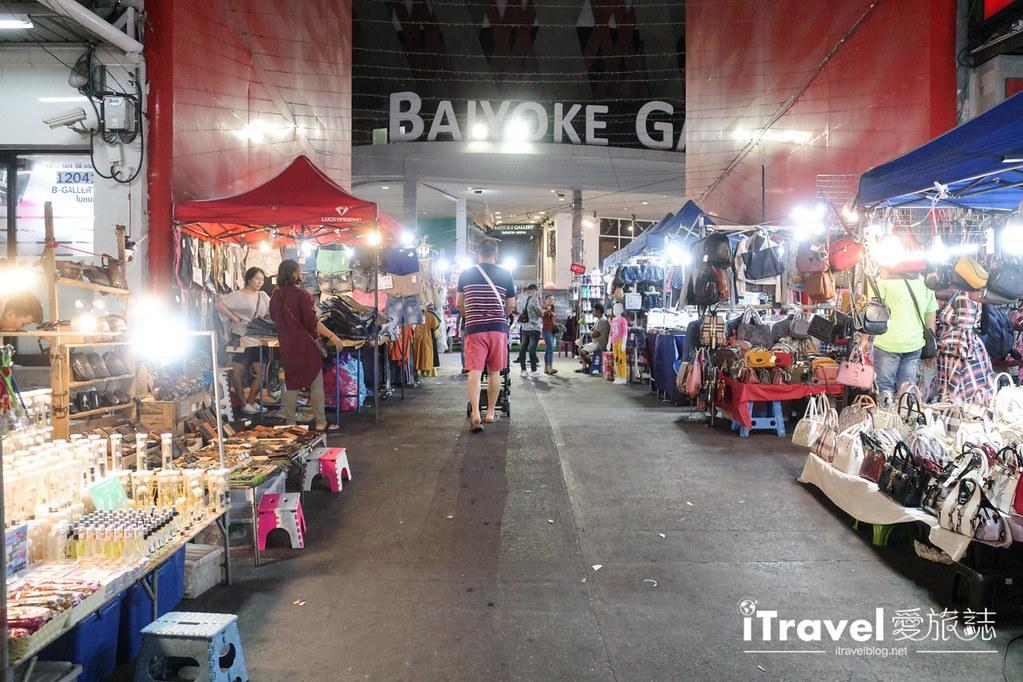曼谷水門市場夜市 PratuNam Market (19)