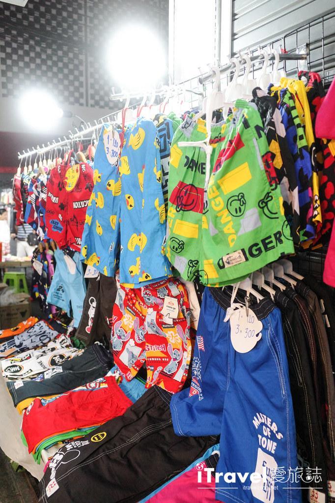 曼谷水門市場夜市 PratuNam Market (36)
