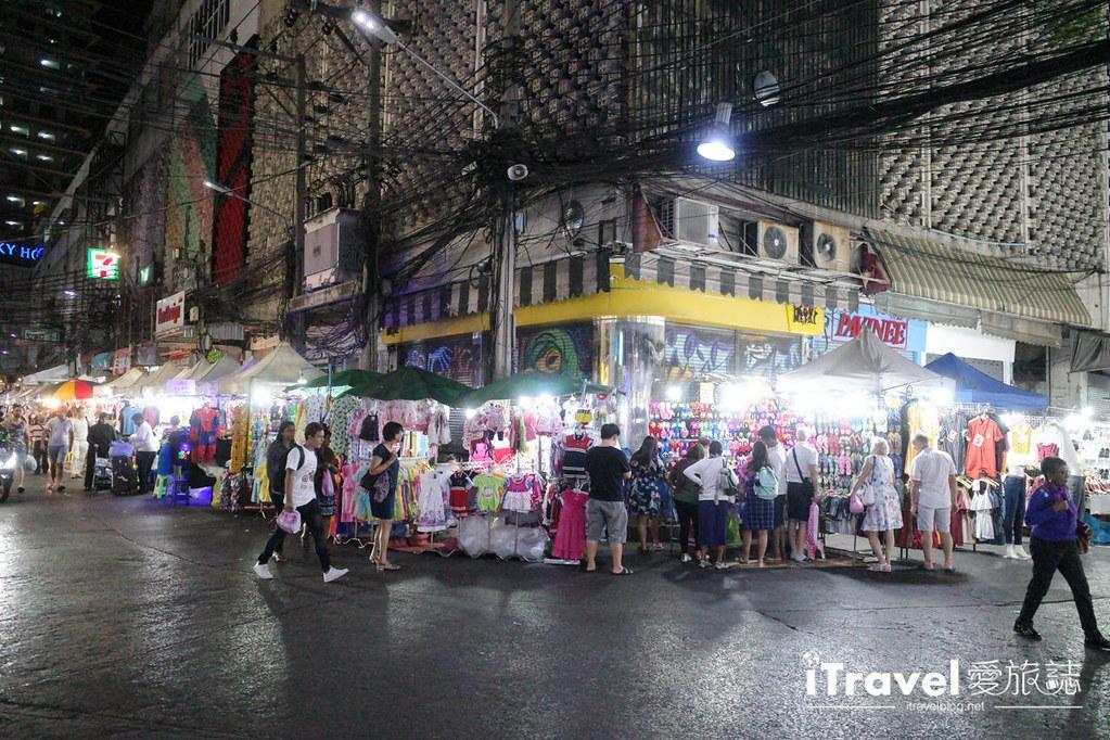 曼谷水門市場夜市 PratuNam Market (48)