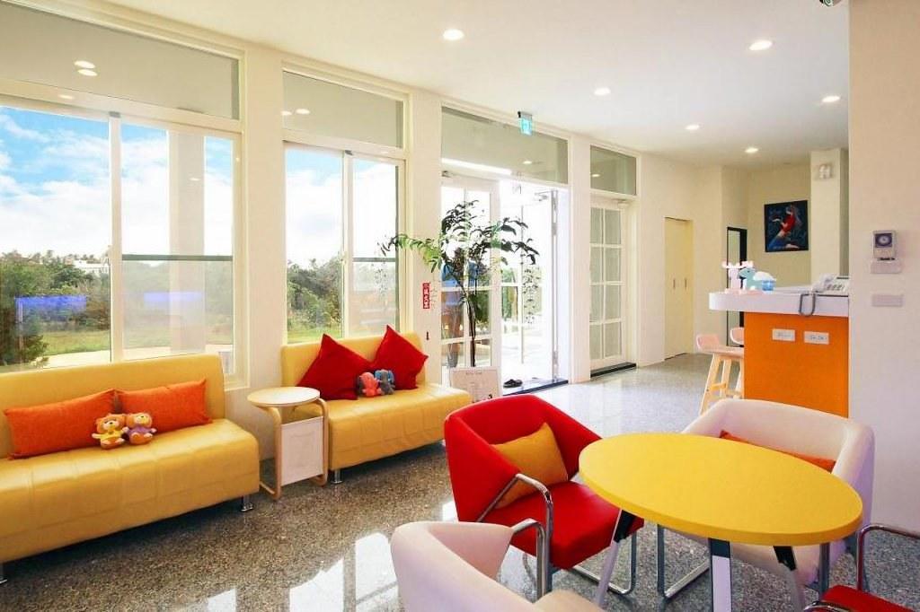 FullMoon Resort 2