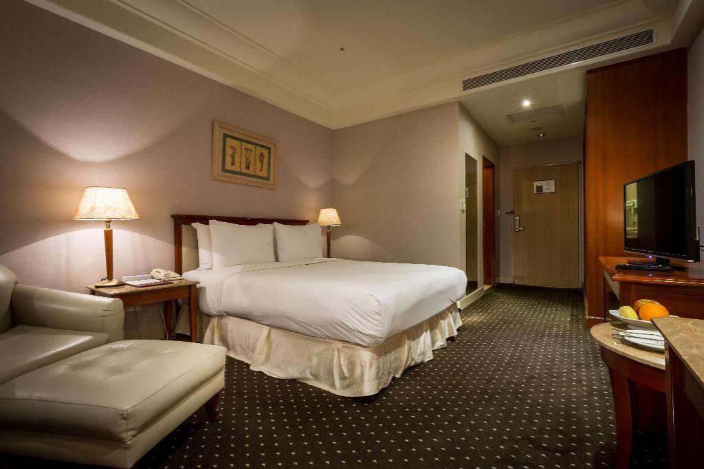 Grand View Hotel 3