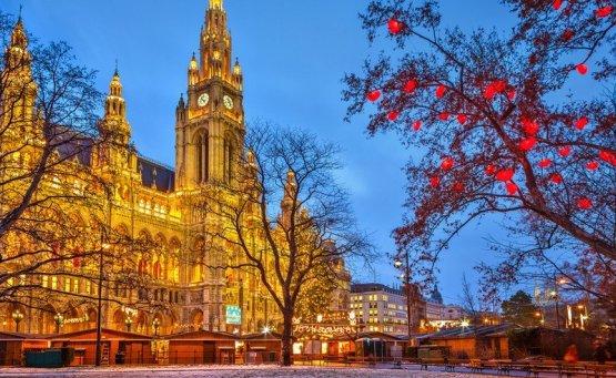 Η Βιέννη τα Χριστούγεννα περιμένει μικρούς και μεγάλους! - iTravelling