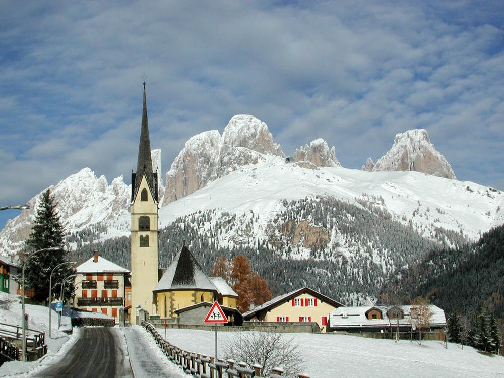 Canazei: Ταξιδεύουμε στο γραφικό χωριό της Ιταλίας - itravelling.gr
