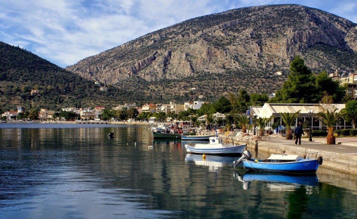 On the Road || Αντίκυρα: Πάμε στα ελληνικά φιορδ στους πρόποδες του Παρνασσού - iTravelling