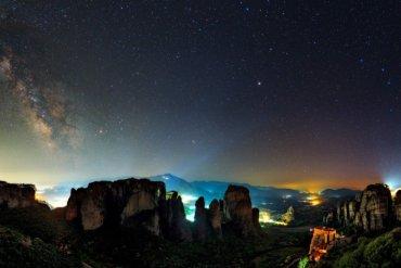 Τα Μετέωρα στους 8 καλύτερους προορισμούς για αστρονομικό τουρισμό - iTravelling