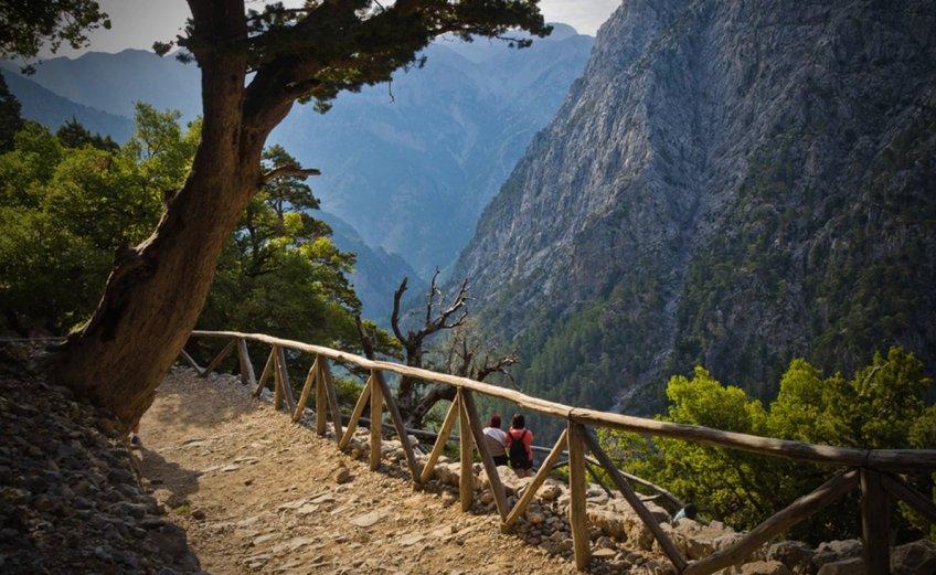 Οι 10 καλύτεροι προορισμοί στον κόσμο για πεζοπορία - iTravelling