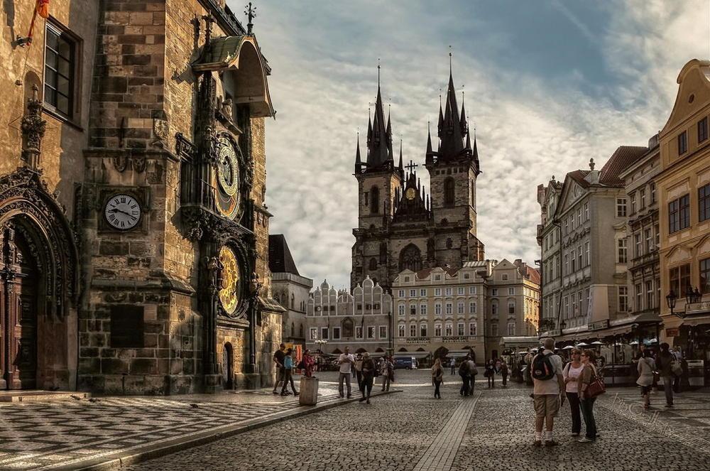Οι 10 πιο γραφικές πλατείες στην Ευρώπη