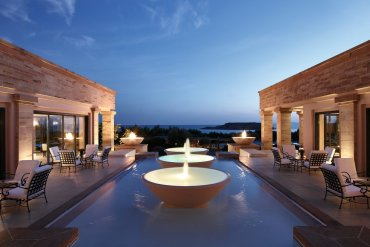 Grecotel Cape Sounio: Διαμονή με θέα το ναό του Ποσειδώνα - iTravelling