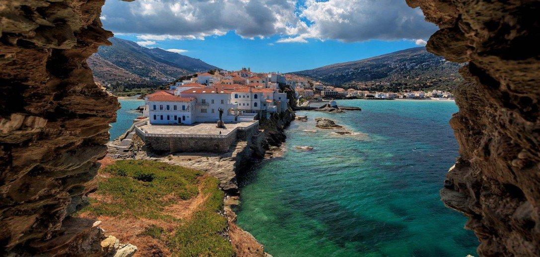 8 νησιά κοντά στην Αθήνα για το τριήμερο του Αγ. Πνεύματος