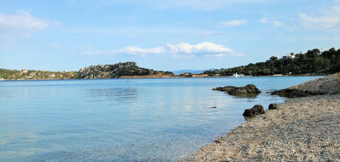 5 παραλίες κοντά στην Αθήνα για ένα city break