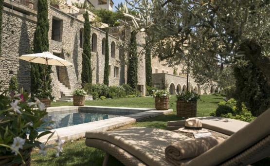 La Bastide: «Εισβάλουμε» στο πιο σικ ξενοδοχείο της Ευρώπης - iTravelling