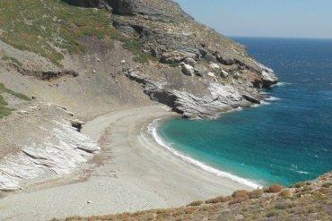 Η μυστική παραλία στην Εύβοια που συγκλονίζει τους τουρίστες - iTravelling