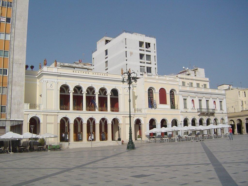 Δημοτικό θέατρο Πάτρας «Απόλλων»: Η μικρογραφία της Σκάλας του Μιλάνο - itravelling.gr
