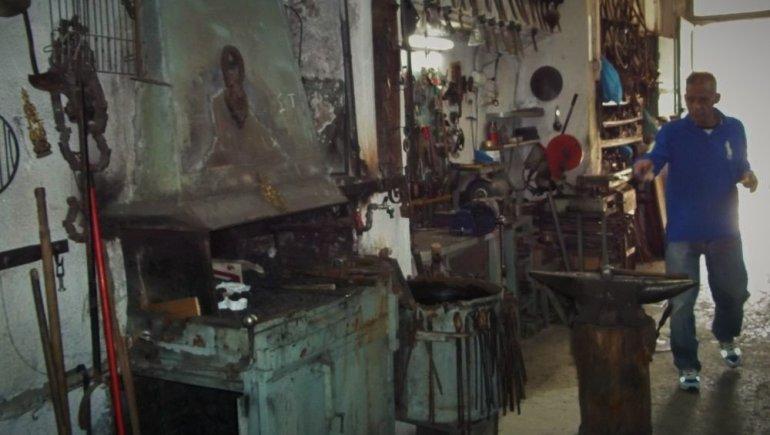 8 παλιές βιοτεχνίες στην Αθήνα που σε γυρνούν πίσω στο χρόνο! - itravelling.gr