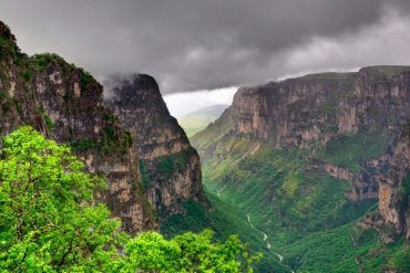 Το βαθύτερο φαράγγι του κόσμου βρίσκεται στην Ελλάδα - itravelling.gr