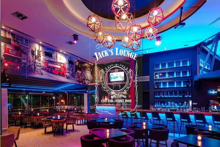 Οι ΜΠΛΕ στο Jack's Lounge στη Γλυφάδα - itravelling.gr