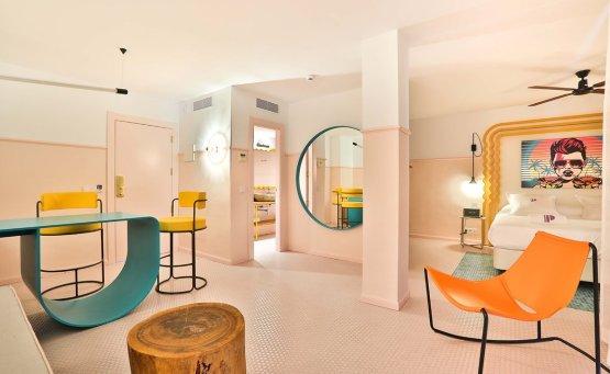 Πάμε στην Ίμπιζα για το πιο Instagrammable ξενοδοχείο! - itravelling.gr