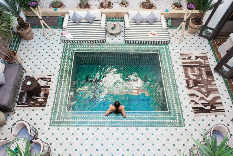 Εσύ ξέρεις που βρίσκεται η πιο διάσημη πισίνα στον κόσμο; - itravelling.gr