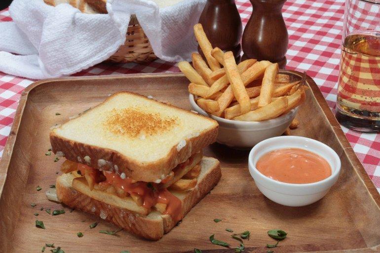 Τα σάντουιτς που πρέπει να δοκιμάσεις στο επόμενο ταξίδι σου! - itravelling.gr