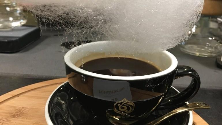 Sweet Little Rain: Ένας καφές με σύννεφο από μαλλί της γριάς! - itravelling.gr
