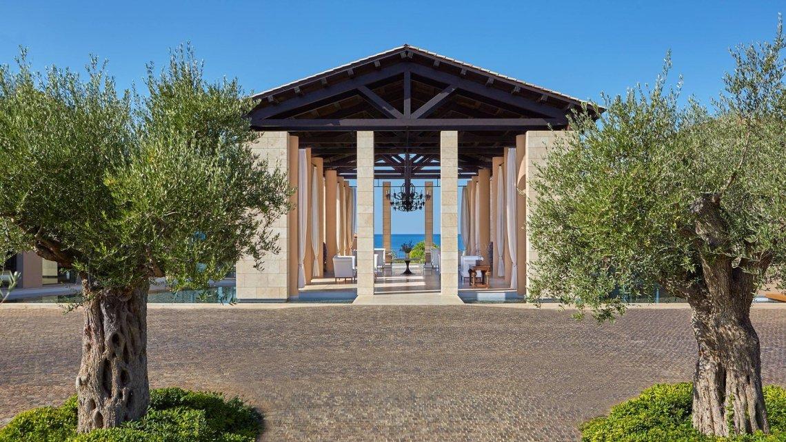 Πάμε τριήμερο του Αγ. Πνεύματος στην Costa Navarino - itravelling.gr