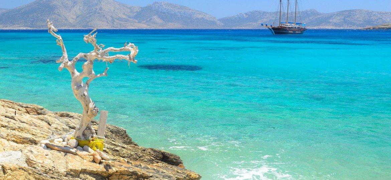 Βρήκαμε που να πας για island hopping στις Κυκλάδες