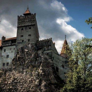 Μια διαφορετική ξενάγηση στο πραγματικό Κάστρο του Κόμη Δράκουλα - itravelling.gr