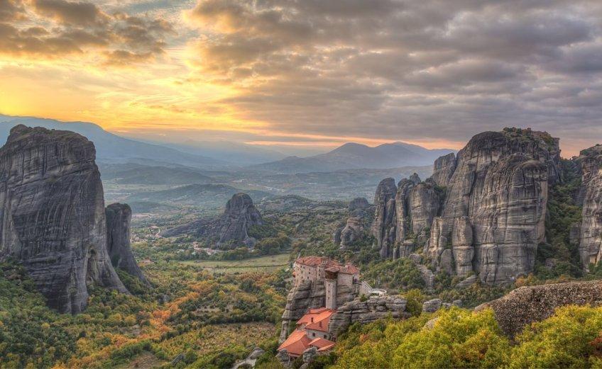 On the Road    Μετέωρα: Ένα υπερφυσικό τοπίο που πρέπει να επισκεφτείς! - itravelling.gr