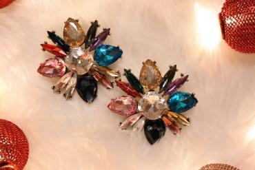 iT X-mas Gift Calendar #12: Κέρδισε ένα glam ζευγάρι σκουλαρίκια από το mooi.gr