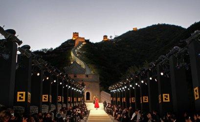 6 ιστορικά μνημεία που δανείστηκε η μόδα πριν τον Dior στο Καλλιμάρμαρο - itravelling.gr