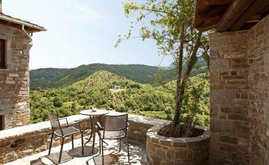 Kipi Suites: Διακοπές στο Ζαγόρι με πράσινη ενέργεια και ηλεκτρικό σταθμό φόρτισης - itravelling.gr