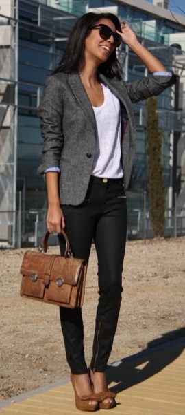 Womens-Jeans-For-Office-Work-3