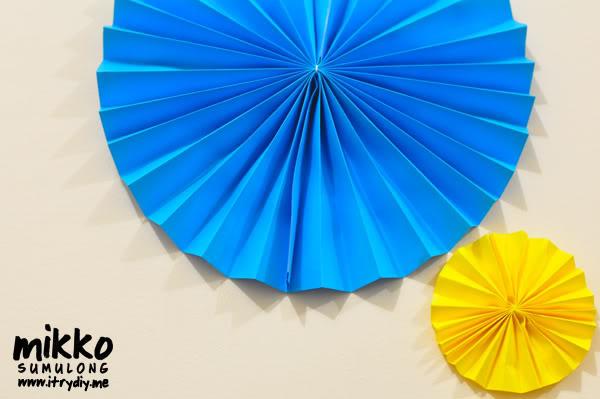 I Try DIY | DIY Pinwheel Rosette Wall Art