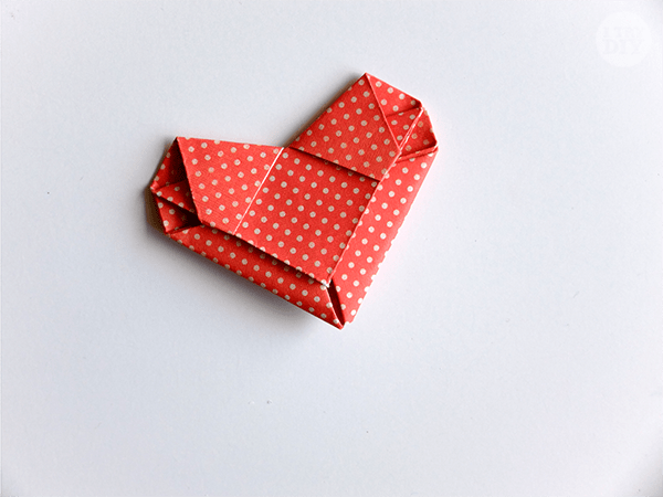 How to Fold a Love Letter into an Origami Heart | I Try DIY