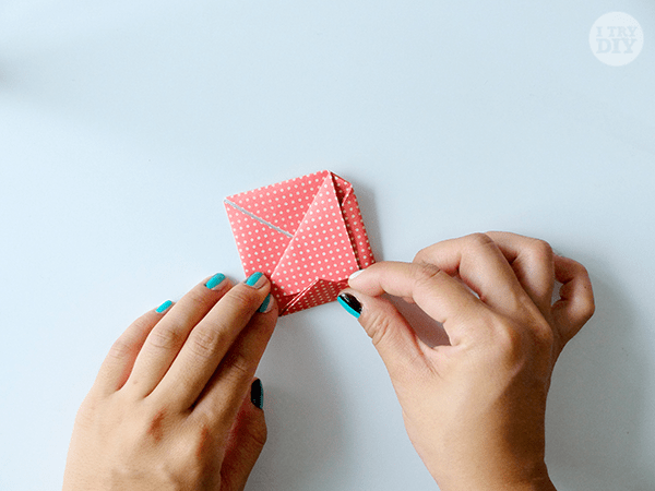 I Try DIY   How to Fold a Love Letter into an Origami Heart