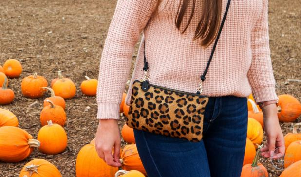 Boots, Emu Australia, Emu Australia Shoreline, Emu, Autumn, Pumpkin Patch, Pumpkins, Fashionista Barbie, Leopard Print, Autumn Boots, Autumn Style, Pink Jumper, Fashion Blogger, Blogger, Style Blogger, Style Post