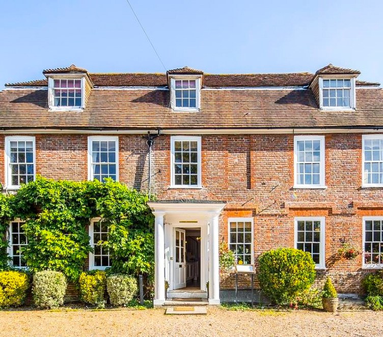 Flackley Ash Hotel, Country escape, Staycation, UK travel, UK Country Hotel, Sussex, Near Rye, Travel, Travel Blogger, Four Poster Bed, UK, England