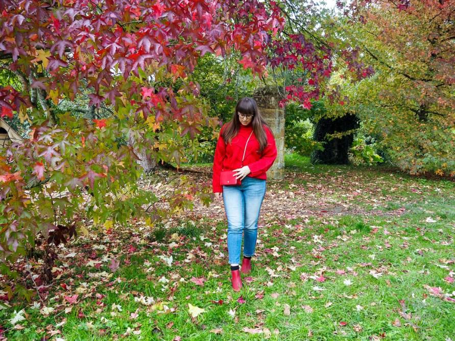 red, autumn style, autumn, wearing red, fashion trend, red trend, uk fashion blogger, uk blogger, style post, emu australia, tu at sainsburys, boohoo, zara, red jumper