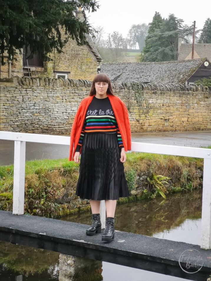 autumn, capsule wardrobe, autumn buys, styling, fashion blogger, quiz, hiking boots, rainbow knit, new look, primark