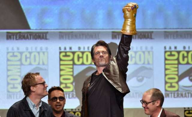 Josh Brolin's surprise appearance with the Infinity Gauntlet (2014)