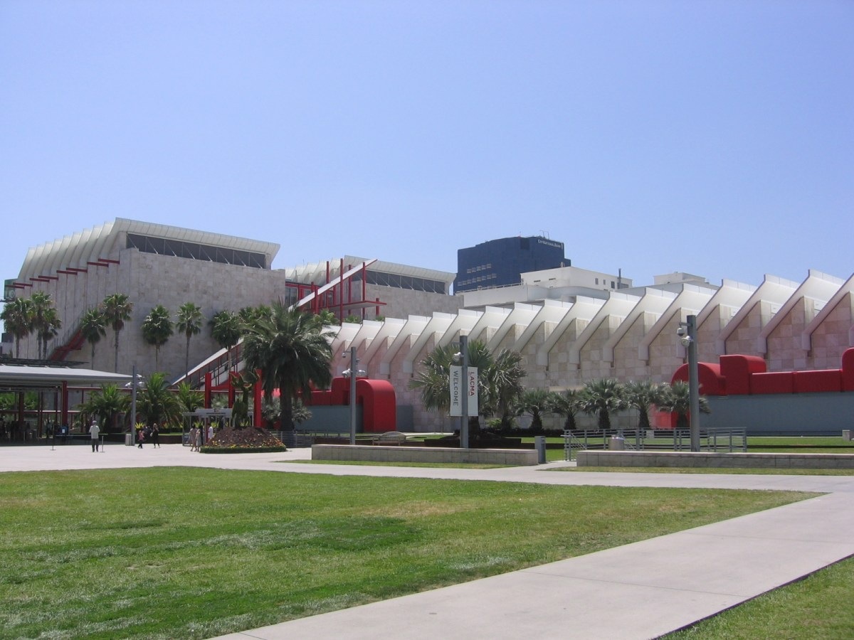 Los Angeles Lacma County Museum Of Art ' Magical World Buddy