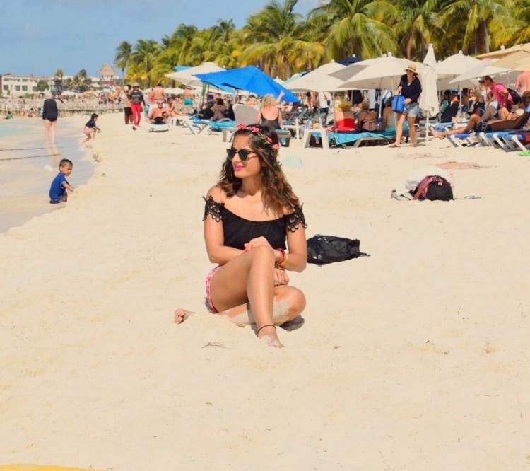 white sand beaches of cancun mexico, paradise island, resorts on hotel zone, isla mujeres, chilling at beach, sunbathing