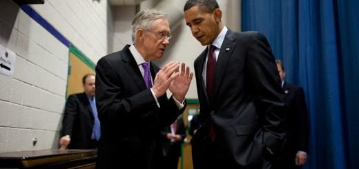 President Barack Obama talks with Senate Majority Leader Harry Reid (D-Nev.)