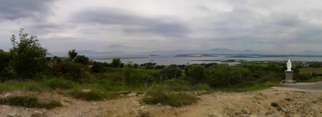 Click for stunning views of Croagh Patrick and Clew Bay in Co. Mayo, Ireland